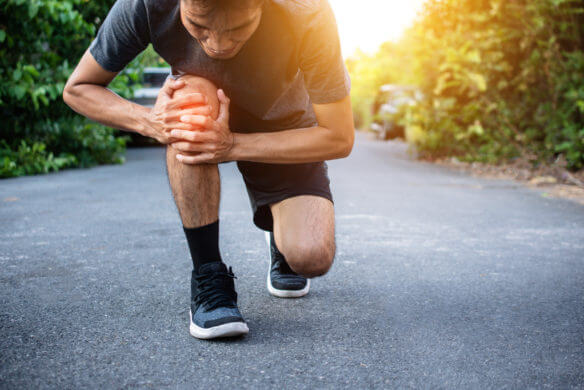 Runner Knee Pain when Running,People Sport Healthy